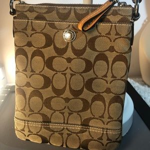 Coach ~ Signature Tan ~ Crossbody